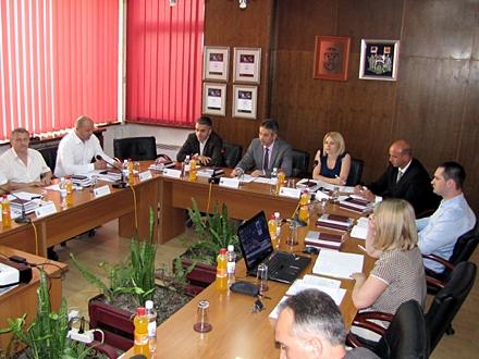 Izglasana ažurnija dostava rešenja za porez; FOTO: D. Ristić/OK Radio