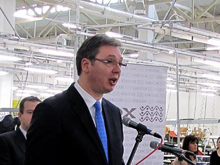 Rasprava prekinuta čestitkom Vučiću FOTO: OK Radio