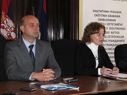Tričković i Stevanovićeva na tribini. Foto: S.Tasić/OK Radio