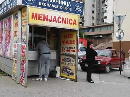 Menjačnica na meti lopova. Foto: S.Tasić/OK Radio