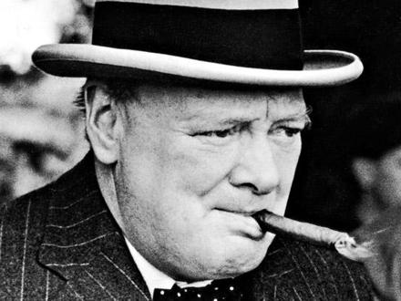 Uz cigaru je prodata i fotografija FOTO: Evening Standard