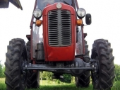 LE: uhapšeni zbog krađe traktora