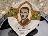 Služili mleko u čaši s Hitlerovim likom