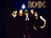 Uhapšen bubnjar AC/DC-a