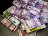 Evro skuplji sedam dinara od početka godine