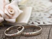Privremeni brak kao usluga eskort dama