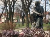 Očišćen spomenik Bore Stankovića