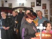 Raspeti petak u crkvi Svete Petke (FOTO)