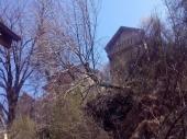 OPASNO Klizišta ugrozila osam kuća u Nišu!
