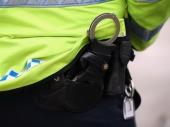 Dečak grizao policajce
