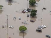 SAD: Poplave uništile stotine kuća