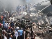 Sumatra: Srušio se avion na hotel, 38 poginulo