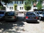 BAHATOST BEZ MERE: Parkirao na jedinom izlazu sa parkinga!