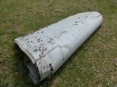 Među ostacima MH17 delovi ruske rakete?
