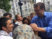 Vučić: Dižemo prihvatni centar za migrante