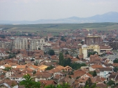 Haos u Đakovici: Albanci probili policijski kordon