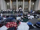 Budimpešta: Stanica zatvorena, izbeglice očajne