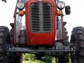 PK: Ukrao traktor iz dvorišta!