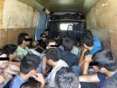 Krijumčario 16 migranata