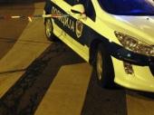 Četvoro mladih povređeno u prevrtanju vozila
