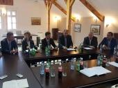 KINEZI DOLAZE: Potpisan ugovor o istraživanjima u BANJI
