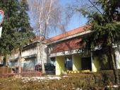 Rekonstrukcija škola u Vranju u TRI SMENE