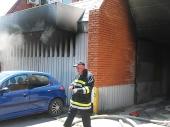 U Domu zdravlja izgorelo vozilo iz donacija (VIDEO)