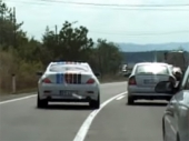 PAŽNJA: Beli BMW hara Vranjem
