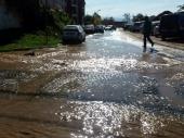 Havarija: POTOP u centru i Vodovod ostao BEZ VODE (FOTO)