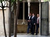 Katalonija preti otcepljenjem, Madrid suspenduje autonomiju