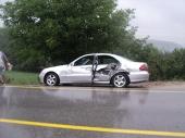 DIREKTAN SUDAR: Teško povređen vozač Opela