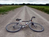 Biciklista teško povređen na autoputu